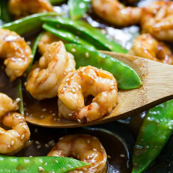 Sweet and Spicy Shrimp and Snow Peas Stir Fry